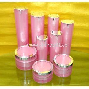 Kerek széles száj kis műanyag akril kozmetikai krém tartályok és egy üveg testápoló