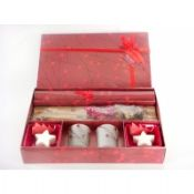 Christmas red berry candle gift set 3 images