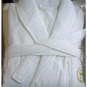 Shawl Collar White Luxury Hotel Bathrobes With Belt images