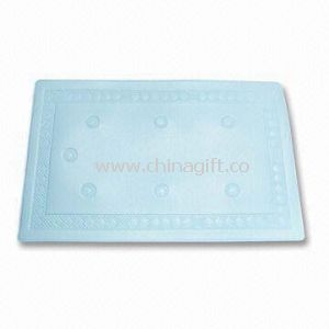 Foam Bath Mat with Strong Suction Cups that Provides Optimal Grip