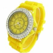Hot selling ladies crystal silicone geneva watch images