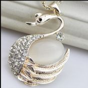 Elegant fashion swan opal diamond chain necklace images